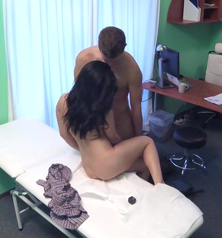 FakeHospital - Lucia Denvile [Patient Cured with Cock Treatment] (HD 720p)