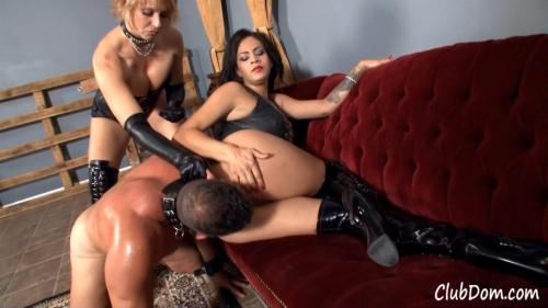 Goddesses Brianna and Jamie Valentine - Just Ass For You [HD, 720p] [Female Domination]