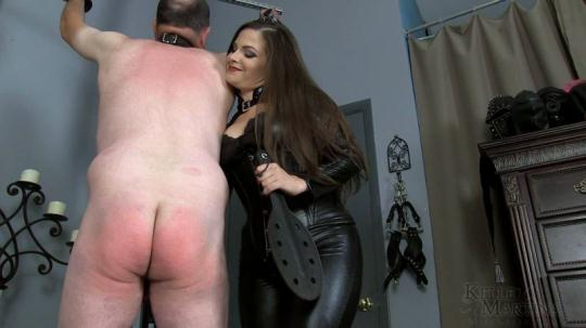 Kelle Martina - Jon's Punishment: Reddened Bottom (1080p/FullHD/477 MB) 2017