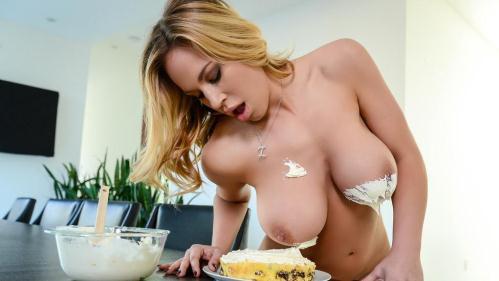 MilfsLikeItBig.com / Brazzers.com [Olivia Austin - Sweet Treat For A Neighbor] SD, 480p