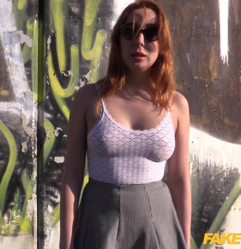 FakeCop: Lola Bambola - Ginger Russian Gives World Class Blowjob  [FullHD 1080p] (1.27 GiB)