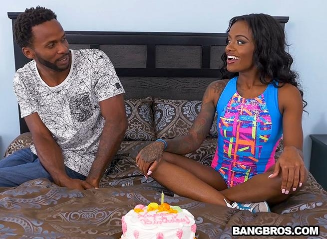 Lexie Deep special surprise leads to anal / 17 Feb 2017 [BangBros, BrownBunnies / SD]