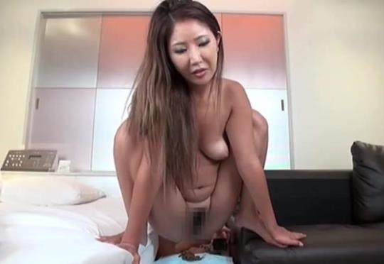 Scat Porn: A Socialite Young Wife Takes A Shit 4 Days In Up Close And Personal Company 8 Pooping Fun Times Makoto - JAV Scat (HD/720p/1.58 GB) 16.02.2017