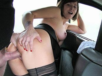 FakeTaxi, FakeHub - Jamie Ray - Driver Enjoys A Good Arse Rimming [SD, 480p]