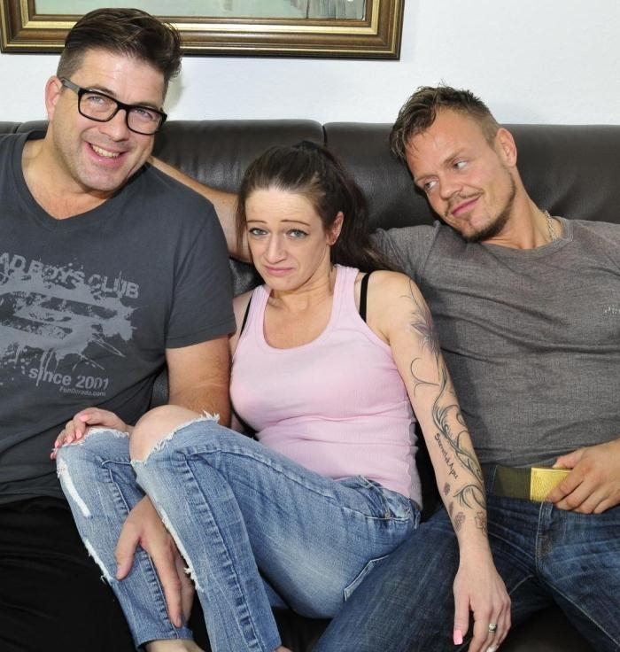 Adrienne Kiss - Dirty mature German lady takes turns riding cock in smutty MMF threesome  [HD 720p]