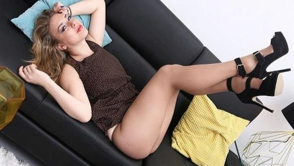 Pantyhosed4U - Danielle Soul - Tear to see content! [FullHD, 1080p]
