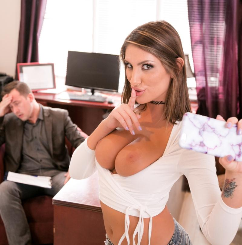PrettyDirty: August Ames - Plastic Surgeon  [SD 544p] (432 MiB)