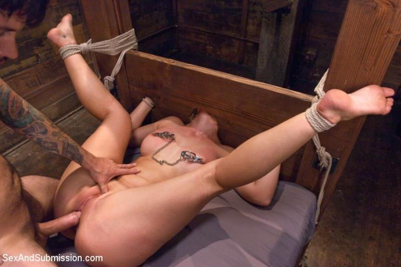Kink.com / Sexandsubmission.com: Fear Play and Extreme Fantasy Role-Play [HD] (802 MB)