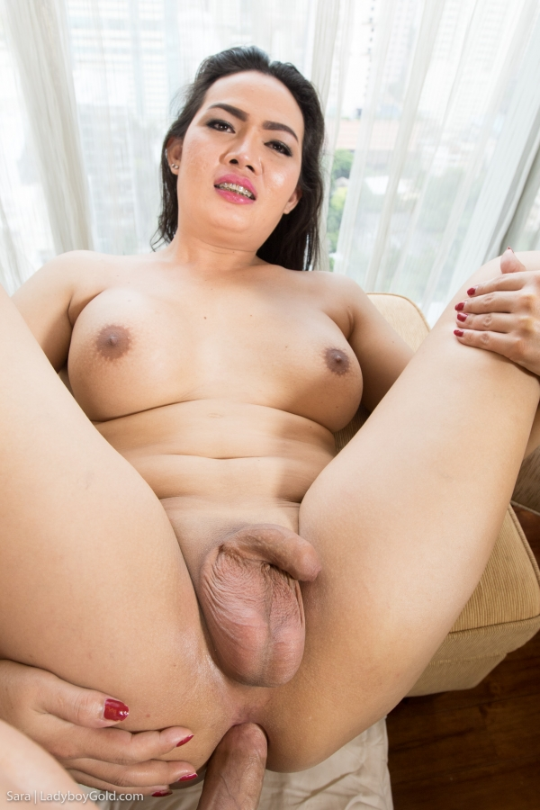 Sara - Big Beautiful Cambodian Swallower [HD 720p] - LadyboyGold.com