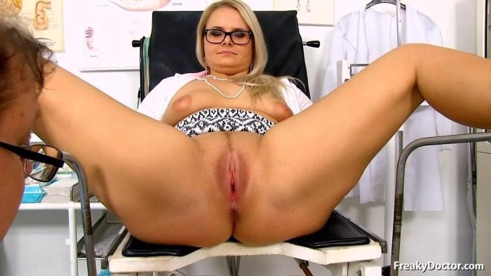Anikka - 26 years girls gyno exam (FreakyDoctor, ExclusiveClub) HD 720p