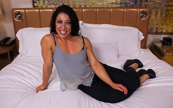 MomPov: Carmin - Muscle MILF here to pump your cock up (HD/2017)