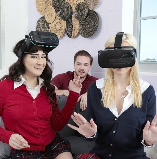 TeensLovehugeCocks: Rosyln Belle, Stoney Lynn  - Virtual Cock (2017) SD  432p