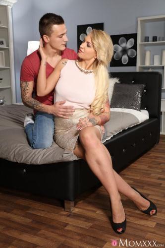 MomXXX.com / SexyHub.com [Alexis Bardot - Romancing a blonde milf next door] SD, 480p