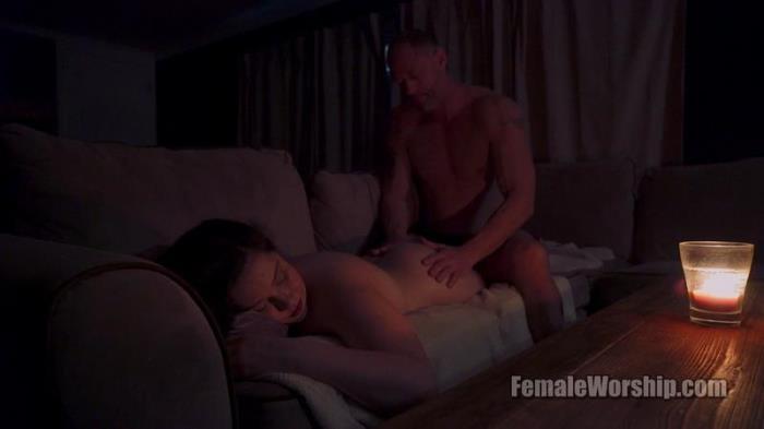 Pamper Me (FemaleWorship) FullHD 1080p