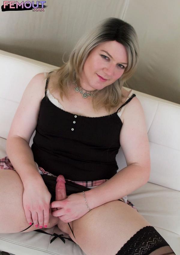 Shana - Meet Fresh Sexy Shana! [HD 720p] - Femout.XXX