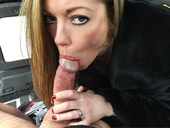 Holly Kiss - Swinger Business MILF Sex Tape / 09.02.2017 [FakeHub, FakeTaxi / SD]