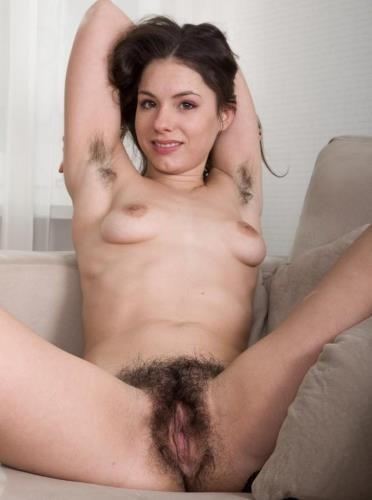 WeAreHairy.com [Canella, 18 years old, Russia] HD, 720p