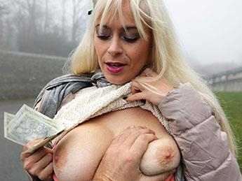 Vittoria Dolce - Vacationing Italian Fucked by Local (PublicAgent.com / FakeHub.com) [SD, 480p]