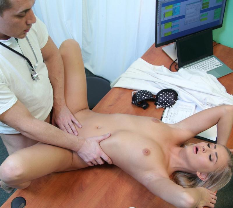 FakeHospital: Cayla Lyons - Petite patient now craves big dick  [FullHD 1080p] (1.53 GiB)