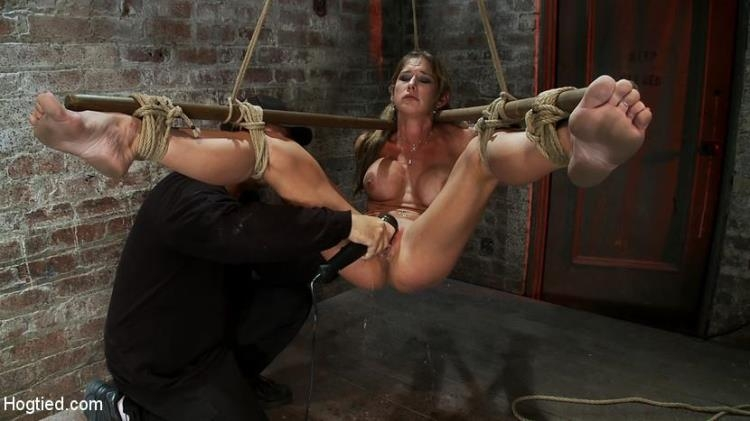Hot MILF suffers the most painful bondage Category 5 suspension made to squirt all over the place / 13 Feb 2017 [Hogtied / HD]
