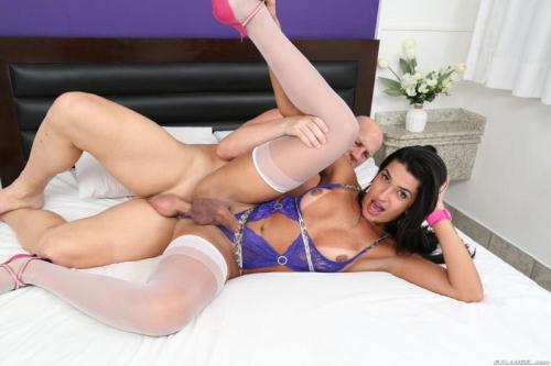 EvilAngel.com [Christian XXX, Thaissa Guimaraes - Brazilian T-Girl Fucks Hung Stud] SD, 400p