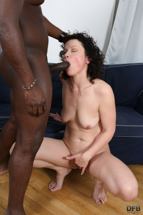 Claudie Dark - Big cock giving mature anal fuck (DFBNetwork) [FullHD 1080p]