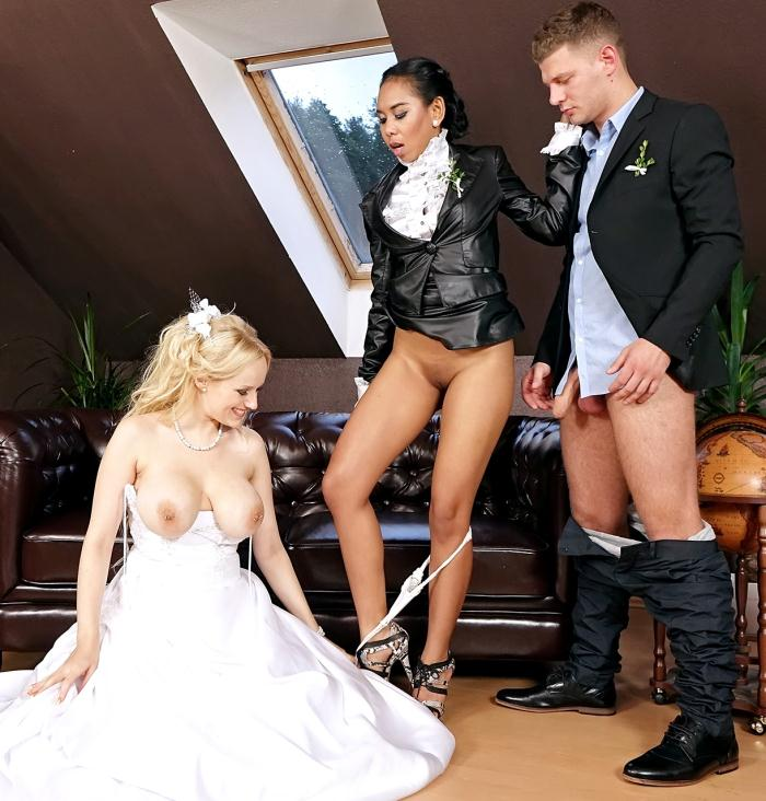 Goldenshowerpower/SinDrive: Angel Wicky, Killa Raketa  - Wedding Wanker Weekend - Thirsty Throats and Horny Clits, With Big Ass Tits and Cummy Blitz!  [HD 720p]  (Pissing)