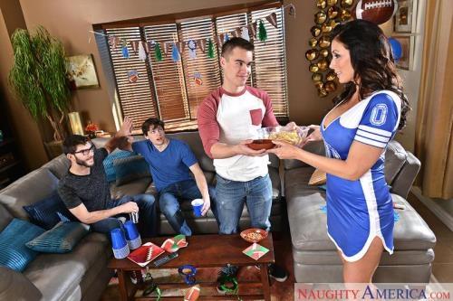MyFriendsHotMom.com / NaughtyAmerica.com [Reagan Foxx] SD, 360p