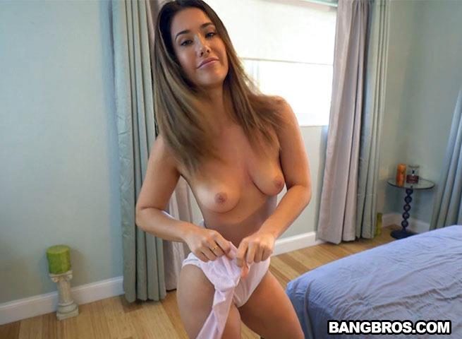 BangPOV.com / BangBros.com: Eva Lovia Earns Her Allowance [SD] (361 MB)