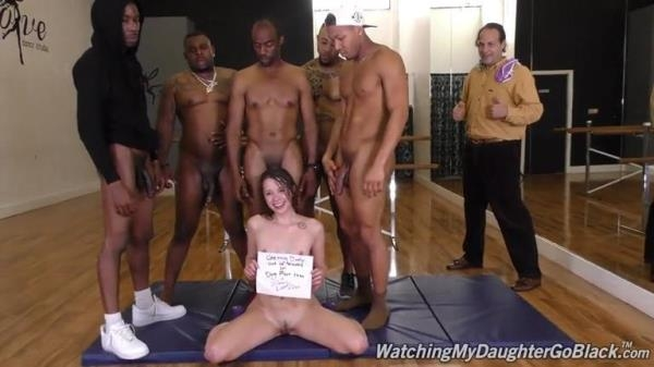 WatchingMyDaughterGoBlack, DogFartNetwork - Zoey Laine - BTS [SD, 432p]