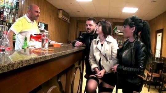 J4cqu133tM1ch3lTV, 1nd3c3nt3s-V01s1n3s: Perle, gang-bang dans un bar a Marseille! (FullHD/1080p/1.72 GB) 20.03.2017