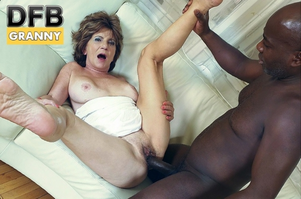 Katala - Hot granny ass full with black dick (DFBPorn) [HD 720p]