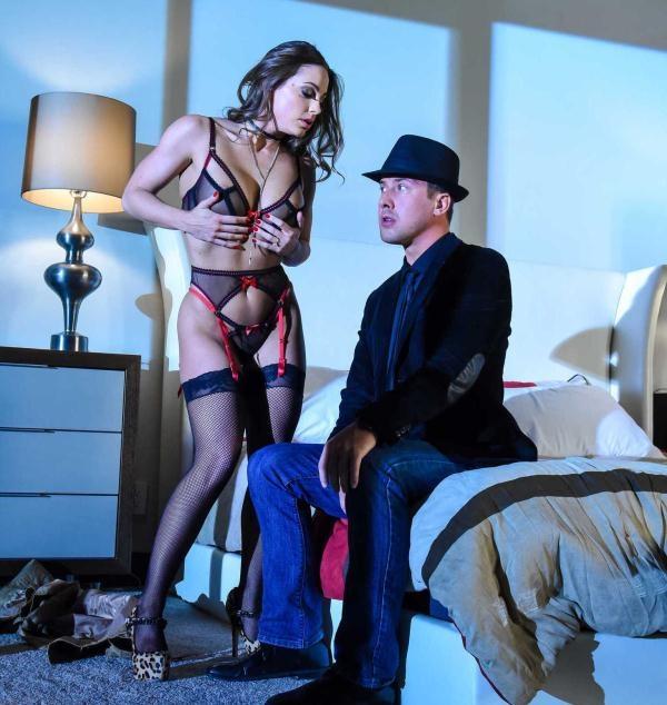 Abigail Mac - My Night With A Pornstar (PornstarsLikeitBig) [HD 720p]