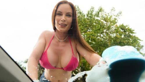 MommyGotBoobs.com / Brazzers.com [Diamond Foxxx - Mama\'s Car Wash] SD, 480p