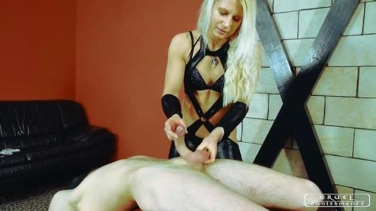 CruelPunishments: Lady Zita - Ruined Orgasm (HD/720p/397 MB) 21.03.2017