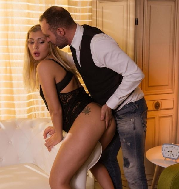 Haley Hill - Lovely Euro blondie Haley Hill visits her therapist for an intense fuck (XXXShades) [HD 720p]