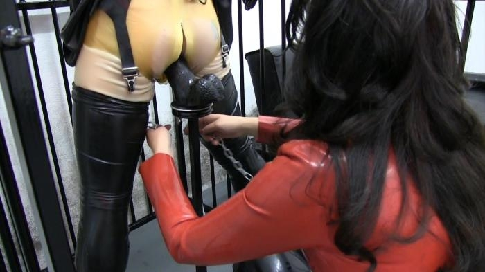 Miss Velour - Caged, Chained and Impaled (Clips4sale, Femdomfilms) FullHD 1080p