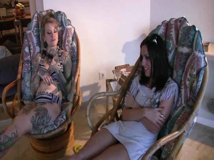 Mistress Jezabel and Lady Bellatrix - Lick Our Dirty Feet (Clips4sale) FullHD 1080p