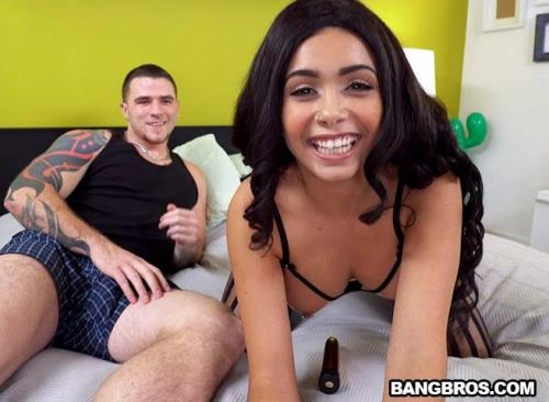 BrownBunnies.com / BangBros.com [Aaliyah Hadid gave the greatest webcam show] SD, 480p