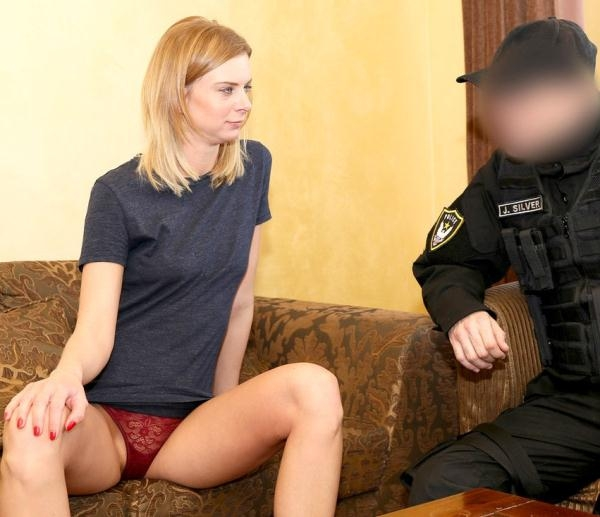 FakeCop: Steffany - Robbery Leads to Hotel Sex for Cop (2017) FullHD 1080p