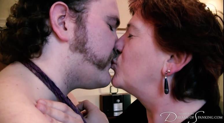 (Femdom / MP4) Pandora Blake - Spanked and teased Charlie J Forrest Dreams-of-spanking.com - FullHD 1080p