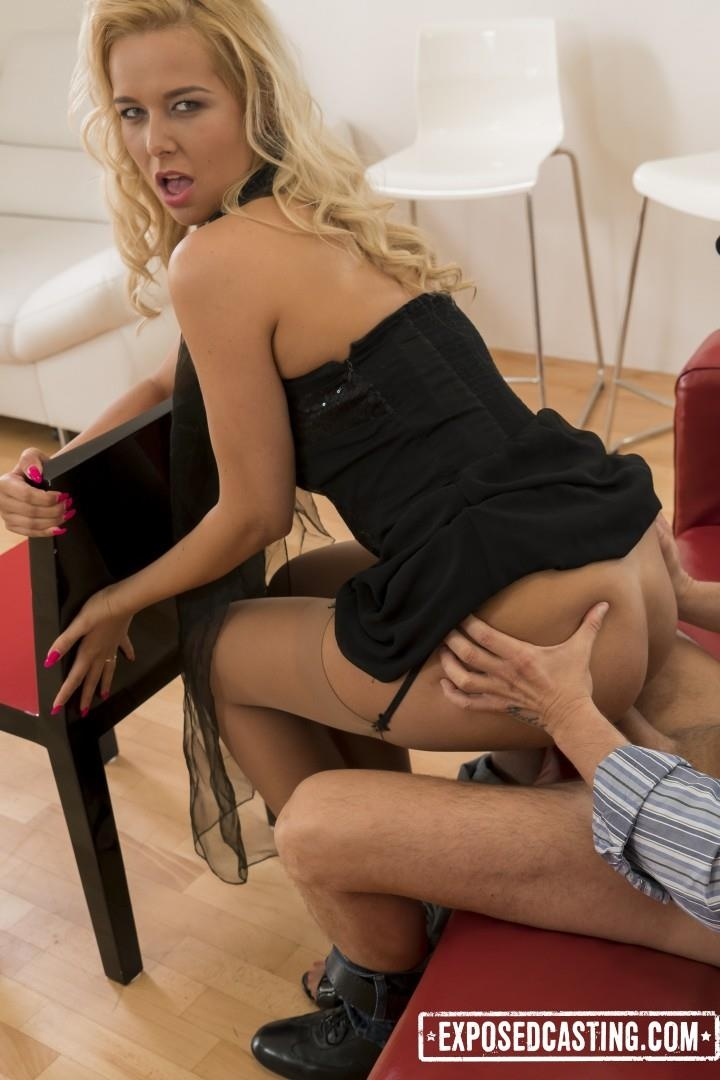 Exposedcasting.com / Porndoepremium.com: Nikky Dream - Steamy Czech casting with gorgeous squirting babe Nikky Dream [SD] (419 MB)
