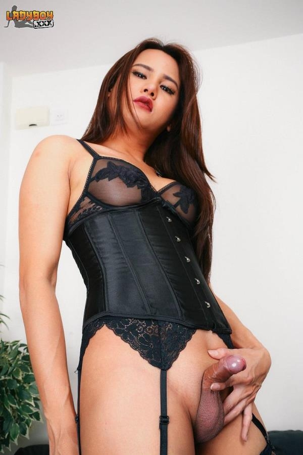 Anny - The Adorable Anny Cums - ladyboy.xxx (HD, 720p)