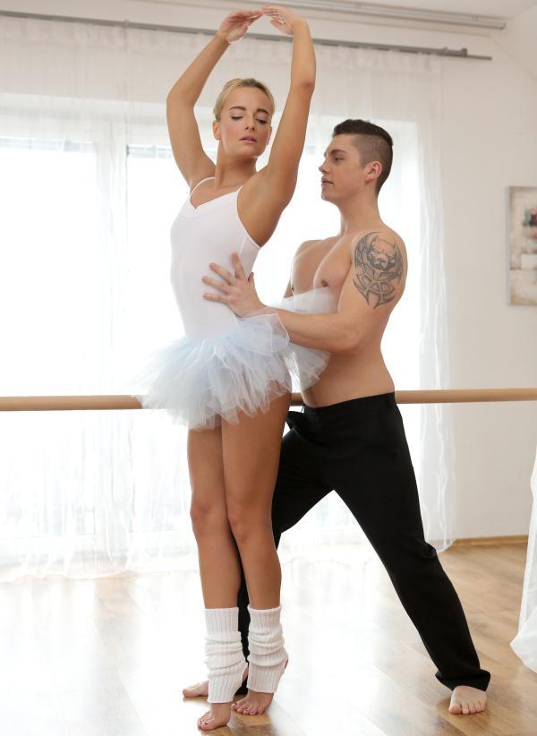 Victoria Pure - Dance Lovers (Nubiles-Porn) [HD 720p]