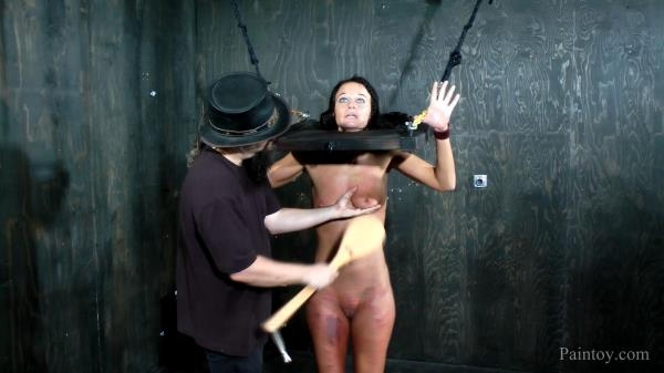 Paintoy - London River Orgasms, Paddles and Clamps [FullHD, 1080p]
