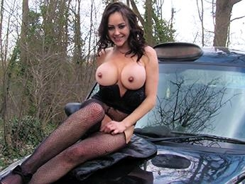 FakeTaxi, FakeHub - Vickie Powell - Street Lady Fucks Cabbie for Cash [SD, 480p]