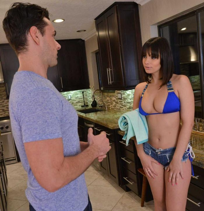 Violet Starr - My Friends Hot Girl  [HD 720p]