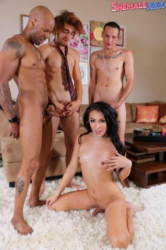 Shemale.xxx [Chanel Santini - Chanel\'s Breathtaking Foursome Action!] HD, 720p