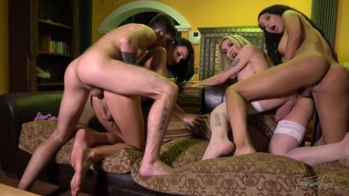 SunshyneLand.com [Eva Paradis, Kimber Lee, Sunshyne Monroe - Hot Foursome With Friends] HD, 720p