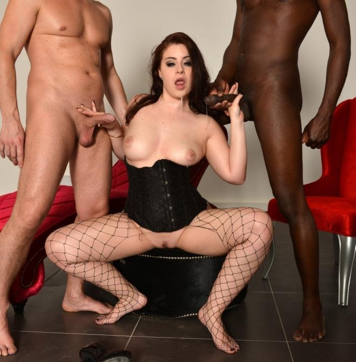Lexie Candy- Curvy French babe Lexie Candy gets DP in wild interracial MMF threesome  [HD 720p] LaCochonne